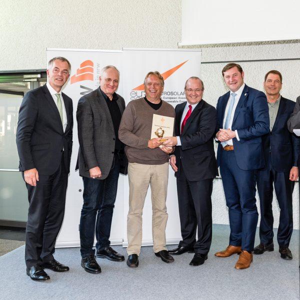 Jörg Heynkes mit Johannes Remmel und Solingens OB Tim Kurzbach u.a.