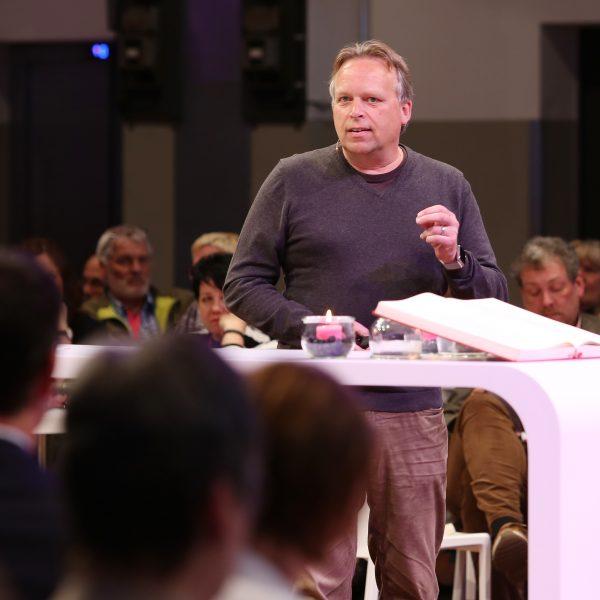 Jörg Heynkes beim Zukunftsforum des Bistums Essen