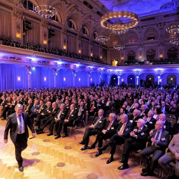 JH beim Neujahrsempfang der Bergischen IHK, Präsident Thomas Meyer links
